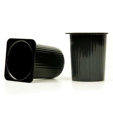 Pot Petit-Suisse réutilisable en plastique noir pour mises en bouche
