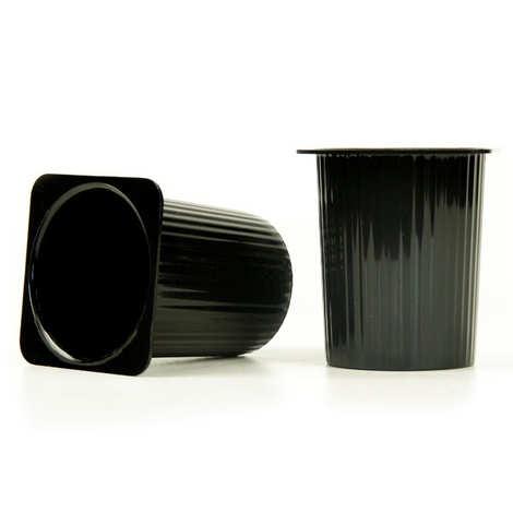 - Pot Petit-Suisse réutilisable en plastique noir pour mises en bouche