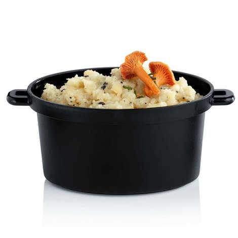 - 4 mini oval plastic casserole dishes - 350ml