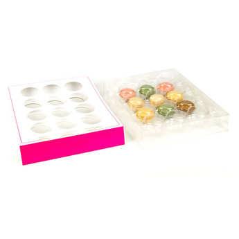 - Coffret de présentation et transport pour 12 macarons