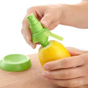 Lékué - Citrus Spray - attachable nozzles for lemons and citrus fruit