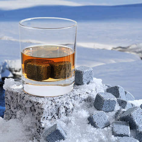 On The Rocks - Blue Granite Whisky Ice Cubes from Brittany