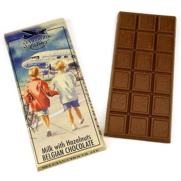 Tablette géante de chocolat au lait aux noisettes entières (400g!)