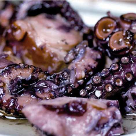 Espinaler - Octopus with olive oil