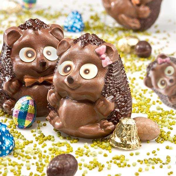 Funny Easter hedgehog in milk chocolate - Mrs