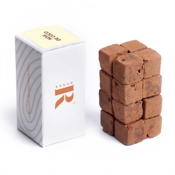 Cubes de chocolat cru à la noix de cajou et coco bio