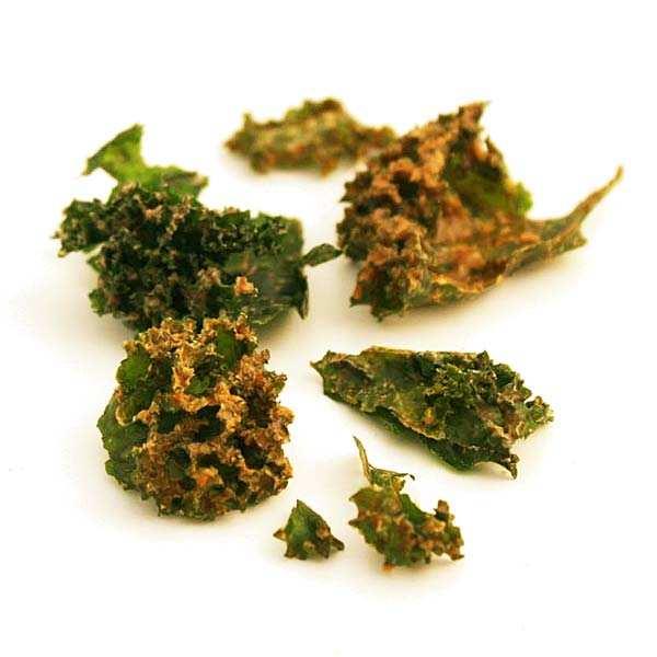 Organic raw kale crisp with mustard