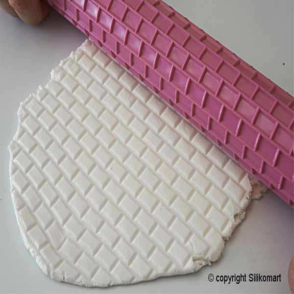 Brick Pattern Roll Pastry - Wonder Cake
