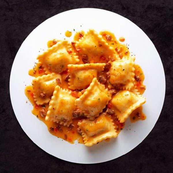 Les raviolis au confit de canard et sauce bolognaise