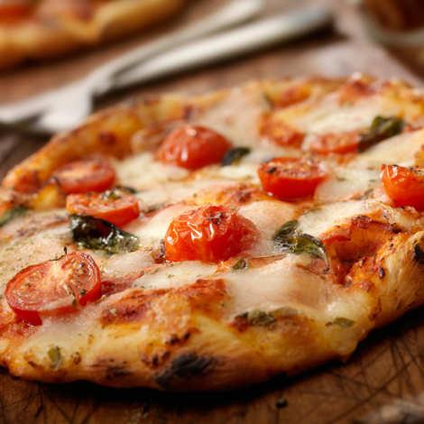 - Pizza box
