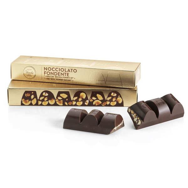Bloc de chocolat noir et noisettes du Piémont