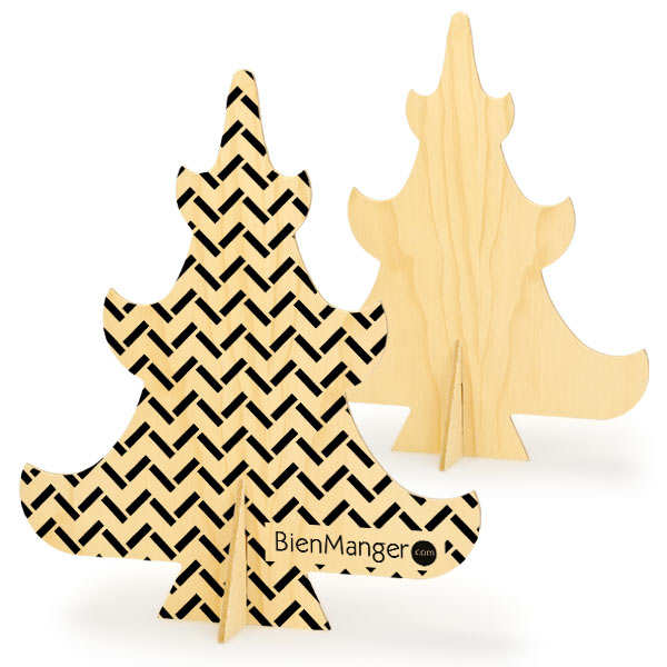 Christmas tree in wood to decorate