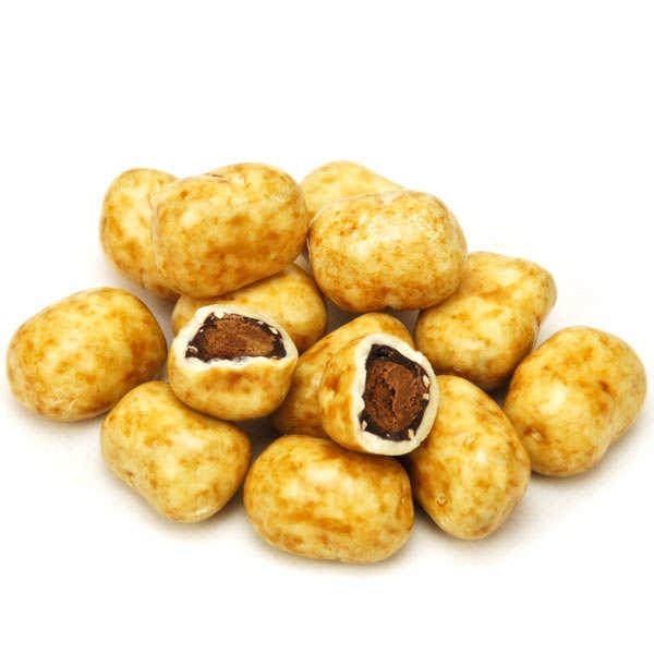 Pommes de terre en praliné enrobé de chocolat blanc