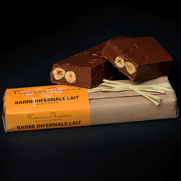 Milk Chocolate Bar with Hazelnuts & Almonds - Pralus