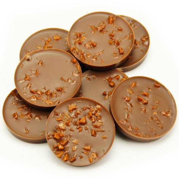 Bouchée de chocolat au lait fourrée au caramel au beurre salé