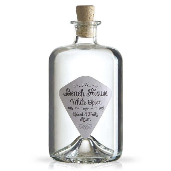 Rhum Beach house white spice rum 40%