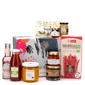 - Gourmet surprise box - 3 month subscription