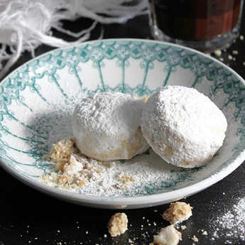 Petits Grecs - Greek Kourabiedes - Almond And Coffee Biscuits