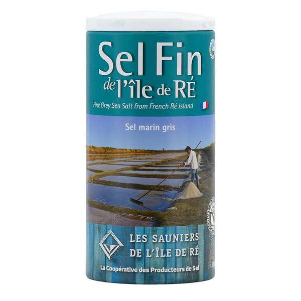 Salt from Ile de Ré in Salt Cellar