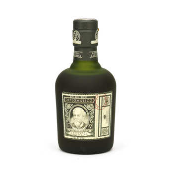 Destilerias Unidas - Diplomatico Reserva Exclusiva - Rum of Venezuela in 35cl bottle