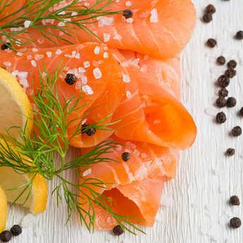 """Olsen - Marinated Organic Salmon with Dill """"Gravadlaks"""" (Gravelax) Olsen"""