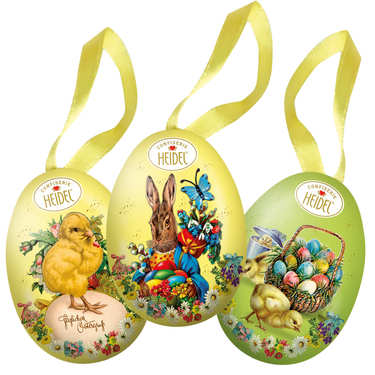 Little Decorated Egg Garnished with Milk Chocolates
