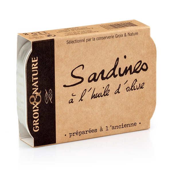 Sardines à l'huile d'olive préparée à l'ancienne