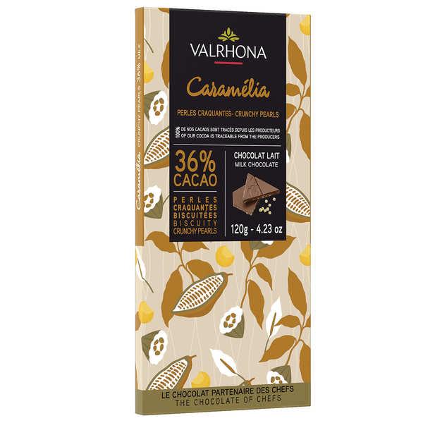 Tablette de chocolat au lait Caramélia 36% et perles craquantes - Valrhona