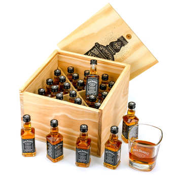 Jack Daniels Advent Calendar.Jack Daniel S Gift Crate 24 Sample Bottles Gift Crate With 24x5cl