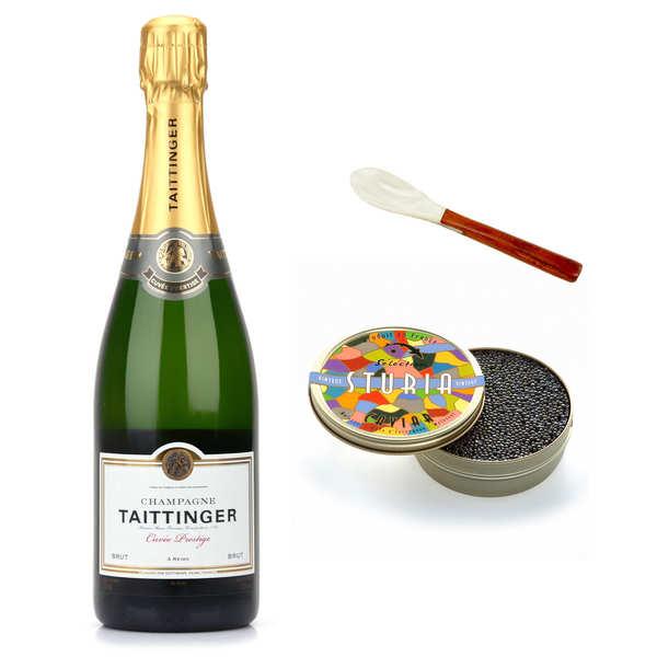 Assortiment caviar, Champagne et cuillère en nacre