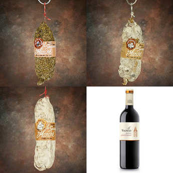 - Assortiment saucissons Peguet Savoie et la bouteille de vin rouge