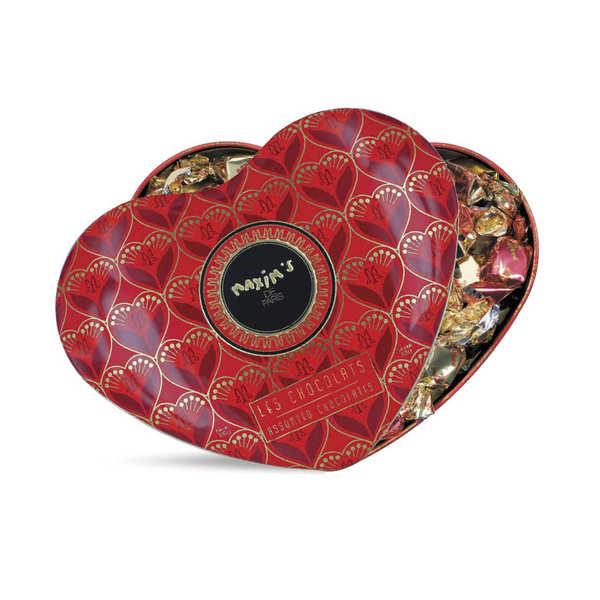 Grand cœur garni de chocolats noirs et lait - Maxim's