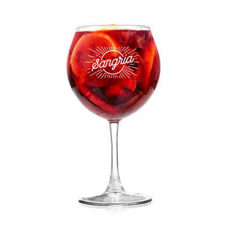 - Le verre à pied spécial Sangria