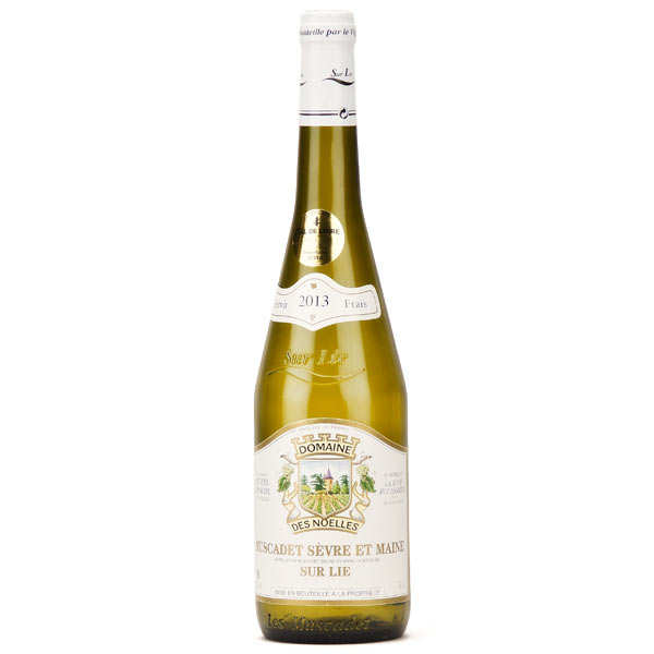 Muscadet Sevre et Maine sur Lie white wine from France