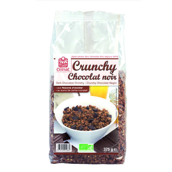 Organic crunchy oat cereal with dark chocolate