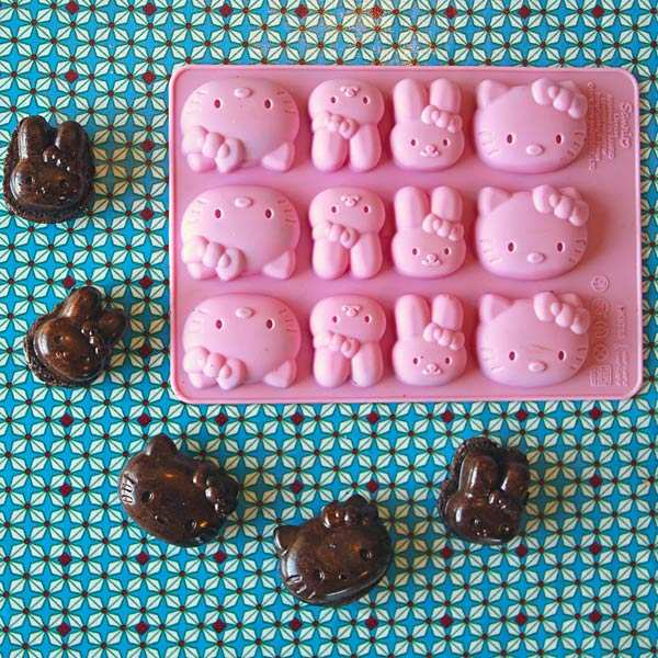 HELLO KITTY chocolate moulds