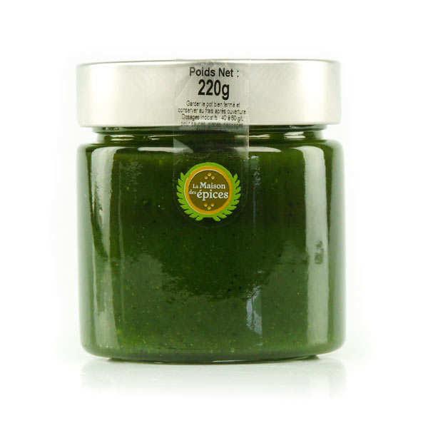 Green pistachio paste
