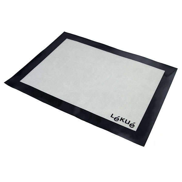 Silicone and fibreglass baking mat