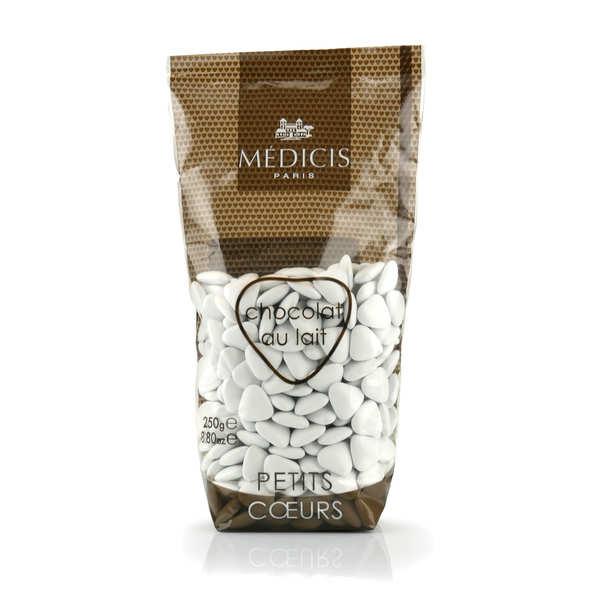 Les dragées petits coeurs blanches au chocolat au lait