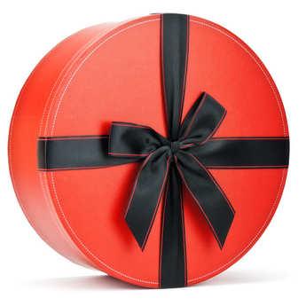 - Large hat box