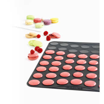 Mastrad - Coffret macarons (poche à douille+plaque silicone+livre)