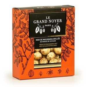 Le Grand Noyer - Noix de Macadamia grillée aux baies de sichuan