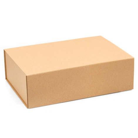 - Cardboard alrge gift box - 22 x 33 x 10cm