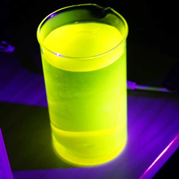 Colorant fluo pour boisson