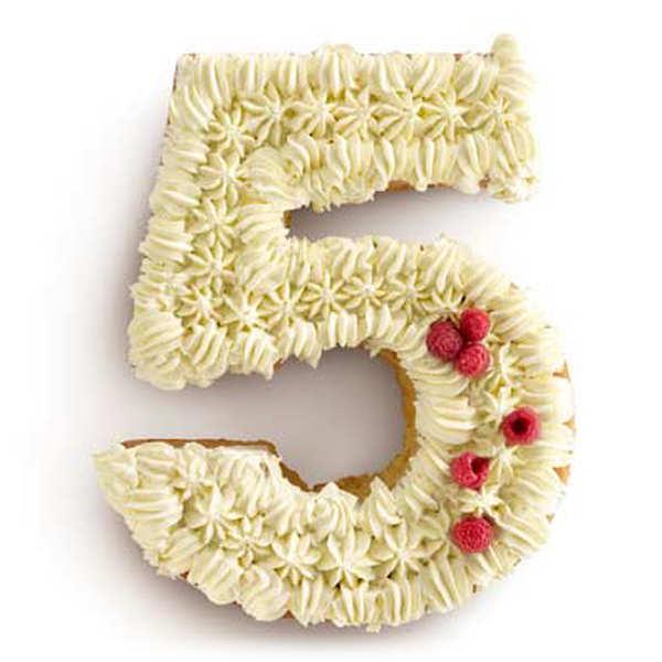 Moule à gâteau silicone numéro 5