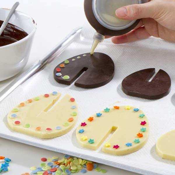 Moule silicone oeufs en chocolat 3D