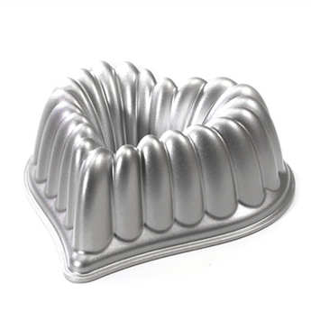 Nordic Ware - Heart mould by Nordic Ware