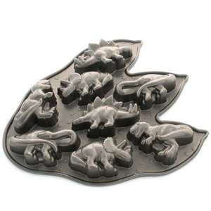 Nordic Ware - Moule fonte d'aluminium 8 dinosaures
