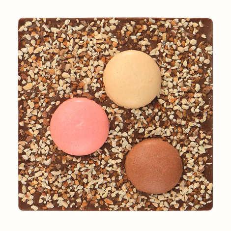 Monbana Chocolatier - Tablette de chocolat incrustée de macarons - Gourmandise à la Française
