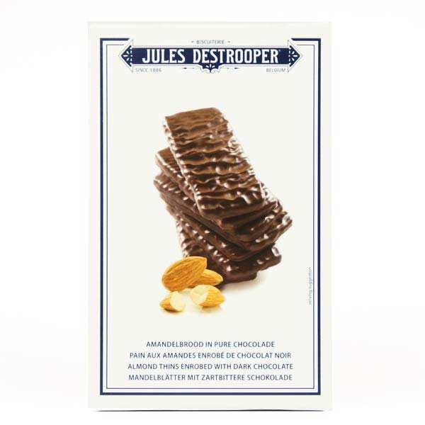 Pains aux amandes enrobés de chocolat noir